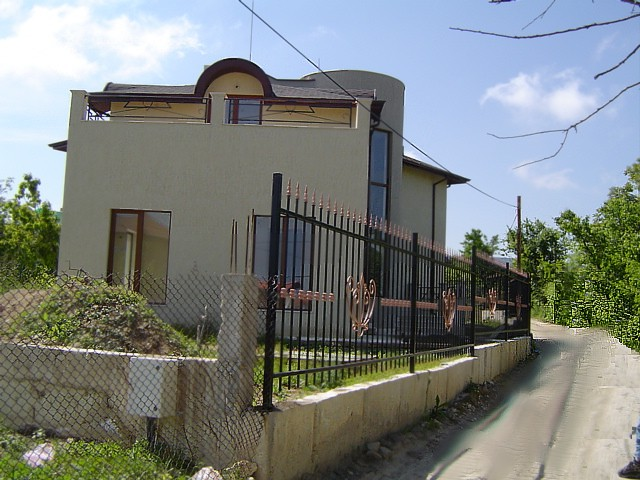 Luxury 2-Storey House in Vinitza