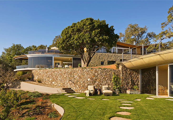 California house on the ridge