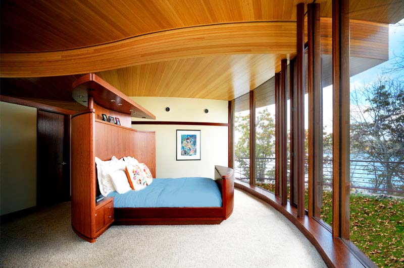 Chenequa residence bedroom