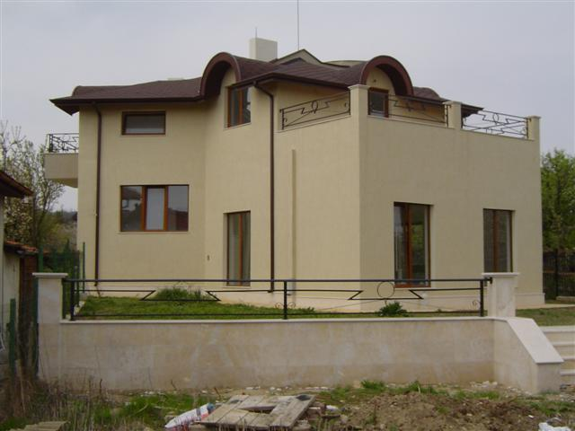 Luxury 2-storey house