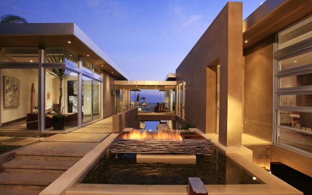 Modern LA house