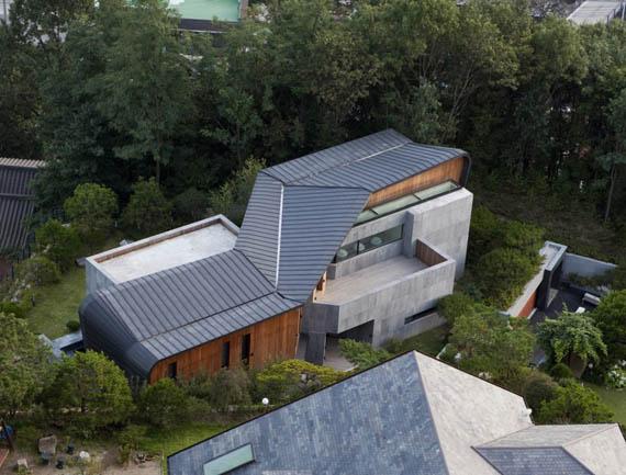 Z-house in South Korea